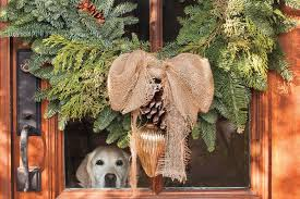 Christmas Window And Door Decorations by Christmas And Holiday Decorating Ideas Front Doors And Wreaths