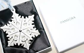 pandora christmas gift with purchase hannah heartss