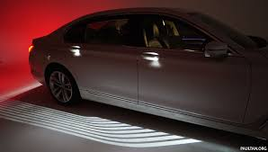 bmw light bmw welcome light carpet how does it work
