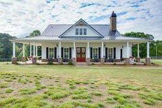 one story farmhouse wrap around back porch one story house houses with porches country