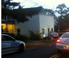 driver crashes into staten island home u0027s kitchen trapping mom and