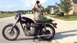 triumph trophy 650 pics specs and list of seriess by year