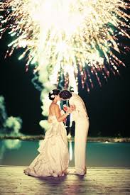 sparklers for weddings the 10 best wedding photos with fireworks and sparklers