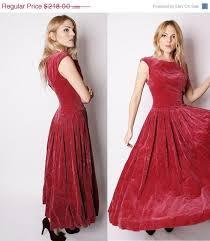 maroon dresses for wedding the 25 best maroon velvet dress ideas on velvet