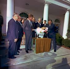 pardoning the thanksgiving turkey white house historical association