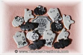 the gingerbread artist elegant halloween cookies