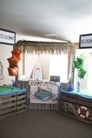 information counter decoration idea for commotion vbs 2016