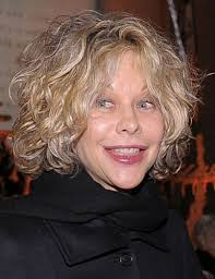 meg ryan in you ve got mail haircut the 25 best meg ryan now ideas on pinterest meg ryan haircuts