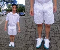 new years shorts felipe vidotto angelolitrico white shirt white sneakers ex