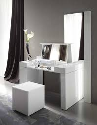 Bedroom Sets With Mirrors Home Decoration Simple Simple Modern Dressing Table Designs For
