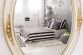 Kleines Schlafzimmer Nur Bett Spiegel Im Schlafzimmer Aufhängen Tipps U0026 Ideen Für Ihren