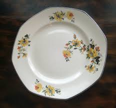 homer laughlin vintage vintage 1930s homer laughlin plate yellow flowers 9 inch octagon