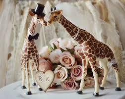 asian giraffe ring holder images Giraffe wedding cake topper animal wedding cake jpg
