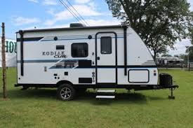 kodiak ultra light travel trailers for sale kodiak cub travel trailers leisure time park trailer sales