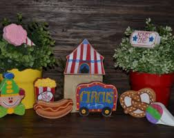 Two Peas In A Pod Centerpieces by Two Peas In A Pod Centerpiece Twins Baby Shower Decor