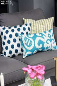 3 ways to mix and match throw pillows just a and her blog
