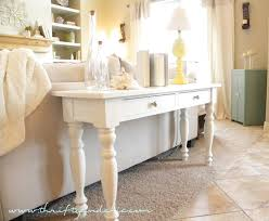 White Foyer Table Diy Painted Foyer Table Trgn 075f03bf2521
