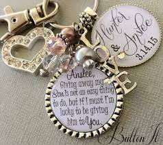 gifts to give your on wedding day this customized key chain or necklace is a great gift to give your