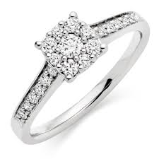 rings platinum images Platinum diamond cluster ring 0005767 beaverbrooks the jewellers
