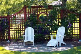 Landscaping Ideas For Backyard Privacy 21 Inspired Privacy Screens For Residential Neighborhoods