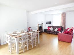 Laminate Flooring South Wales Hywel Cottage Whitland Hendy Gwyn Self Catering Holiday Cottage