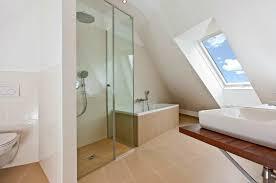 badezimmer mit dachschräge dachschräge badezimmer typ auf badezimmer plus bad mit dachschräge