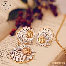tanishq zyra sunflower pendant jewelry diamond 套装