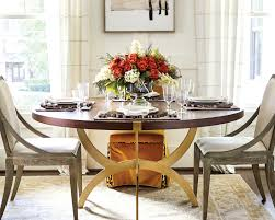 an thanksgiving table to gather how to decorate