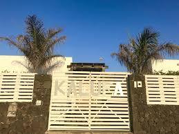 Schreibtisch B Om El Hostel Kalufa Surf House Spanien El Cuchillo Booking Com