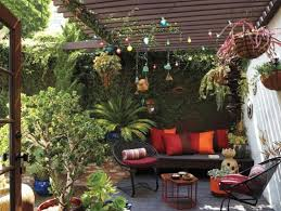 pretty patio ideas with colorful toss pillows and enchanting