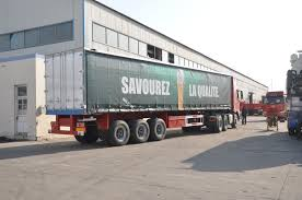 curtain side semi trailer huayu group