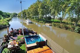 chambres d hotes canal du midi chambres d hotes insolites et romantique sur le canal du midi