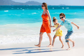 the top caribbean islands to with children