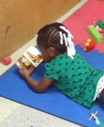 Responsibilities Of A Daycare Teacher Volunteer Pre Kindergarten Preschool Curriculum And Child Day