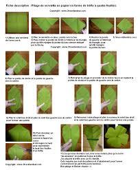 pliage de serviette en papier 2 couleurs feuille pliage de serviette de table en forme de trèfle à quatre feuilles