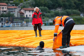 Floating Piers by Walking On The Water With Christo And Jean Claude U0027s U0027floating