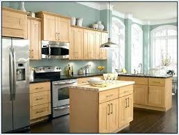 honey oak kitchen cabinets kitchen paint colors pictures with oak