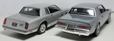 two lane desktop motormax 1 24 1987 buick regal t type and