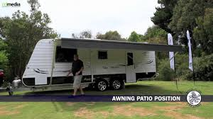 Dometic Caravan Awning Setting Up A Caravan Roll Out Awning Top Tourist Parks Youtube