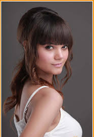 medium length haircuts for curly hair and round face medium haircuts with bangs for round faces hair trends