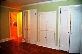 Mirrors For Closet Doors by Decorating Folding Closet Doors For Smart Furniture Ideas
