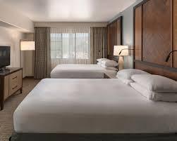 Queen Bedroom Suite Sedona Hotel Rooms Suites Hilton Sedona Resort At Bell Rock
