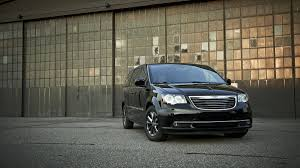 2015 minivan 2015 chrysler town u0026 country s review notes tried and true autoweek