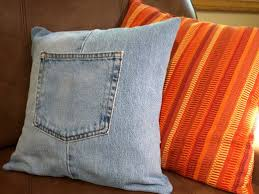 how to make a throw pillow cover with recycled jeans feltmagnet