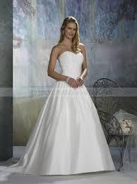 brautkleid mit herzausschnitt brautkleider weiß herz ausschnitt a linie große größen taft lang