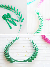 plastic spoon olympic wreaths a subtle revelry