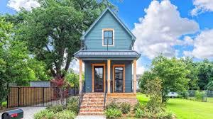 fixer upper u0027s 1 million dollar tiny house tiny house listing