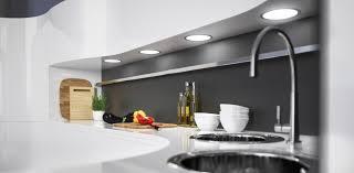 licht küche effektiv eingesetzt in wohnraum und küche vor und nachteile