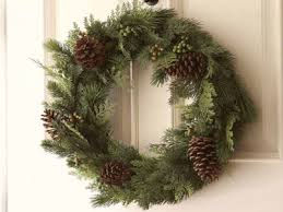 Christmas Decoration For Entrance by Entrance Doors Christmas Decorating With Pinecones