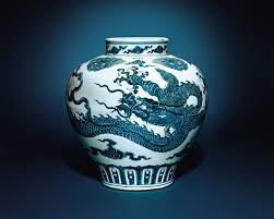 Expensive Chinese Vase Discovery The Ming Dynasty Dragon Jar Being Used An Umbrella